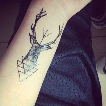 16 unique triangle tattoos on forearm