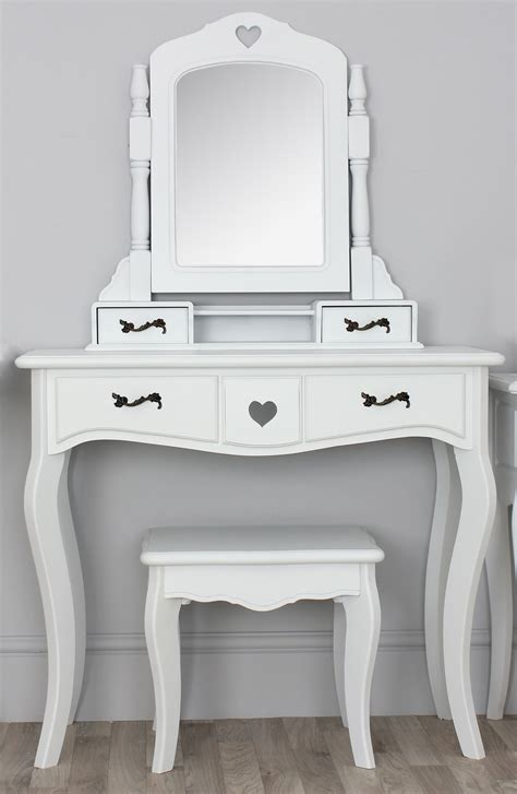 White Vanity Table With Drawers White Wooden Vanity Table With Drawers And Mirror Added By Square Bench With Four Legs Of