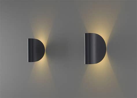 applique fontana arte applique murale 224 led io by fontanaarte design claesson