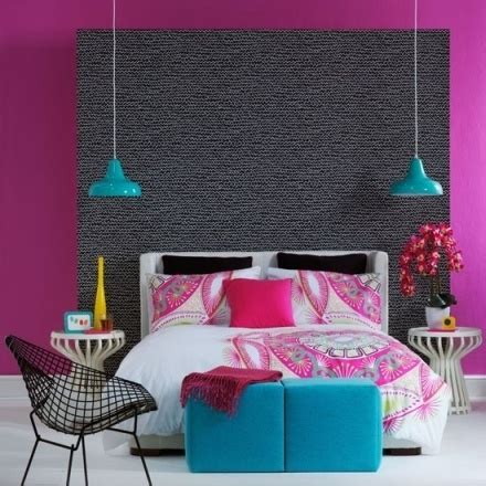 magenta bedroom i love the magenta wall with turquoise accents bedroomz