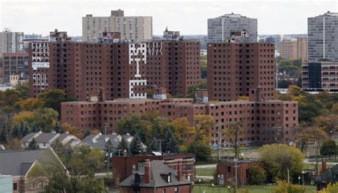 low income housing in detroit in the us mixed housing developments aren t working for low income families citymetric