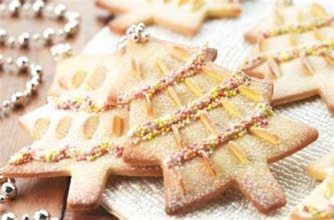 almond christmas tree biscuits recipe goodtoknow
