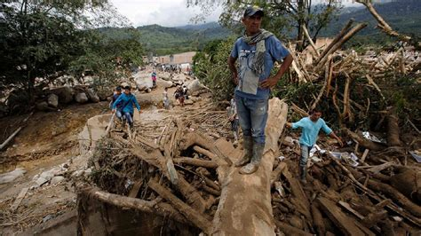 Colombia Search Search For Flood Survivors Continues In Mocoa Colombia Katu