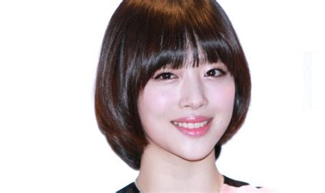 Model Rambut Sulli F X by Profil Penyanyi Cantik Korea Sulli F X Segiempat