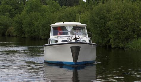 shannon river boat rentals shannon river boat rental and hire for families and small
