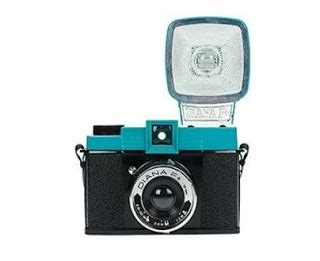 fuzzy distortion: for sale diana f+ with flash