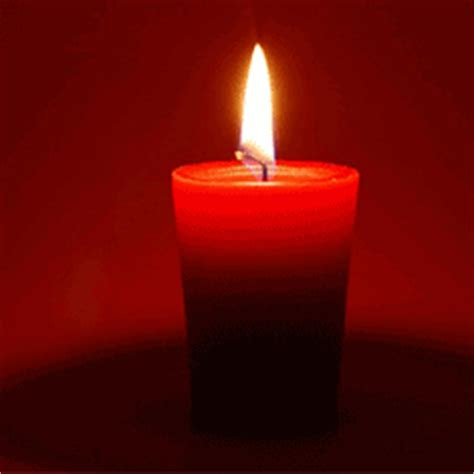 imagenes velas rojas encendidas hechizos atraer el amor