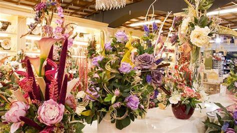 composizione di fiori finti composizioni fiori finti composizioni di fiori creare