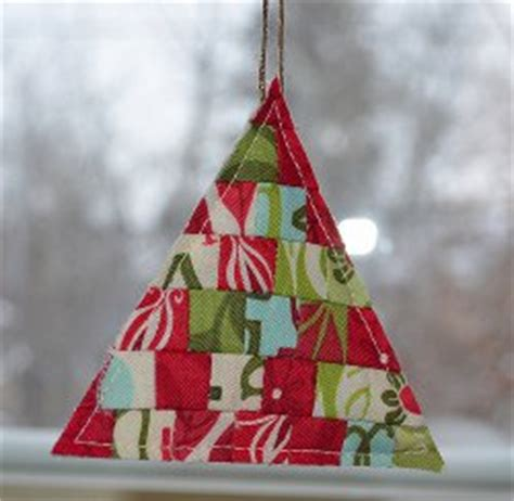 Patchwork Tree Decorations - 174 quilt patterns and projects favequilts
