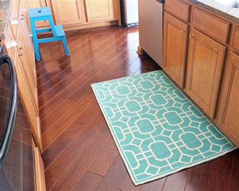 Aqua Kitchen Rug 25 Best Ideas About Teal Kitchen Decor On Pinterest Teal Kitchen Teal Home Decor And Teal