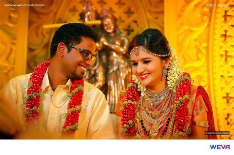 TOP WEDDING PHOTOGRAPHERS IN KERALA !!   Wedding Story Style
