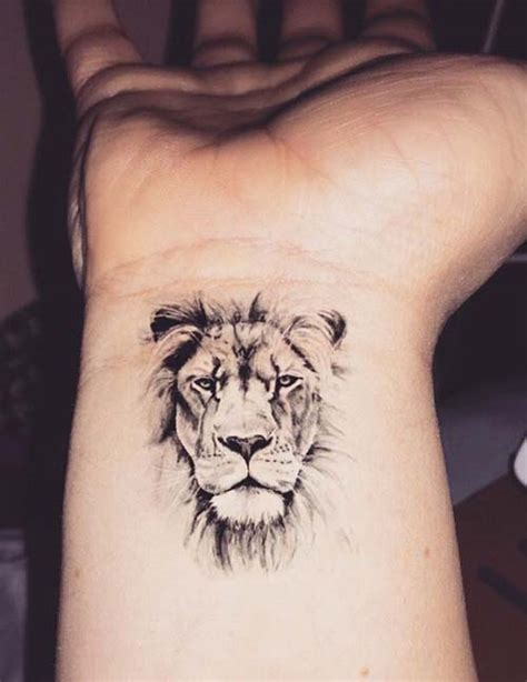 small lion head tattoo aslan bilek d 246 vmesi wrist k 252 231 252 k d 246 vmeler