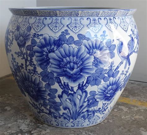 Blue And White Porcelain Planters by Pair Of Blue And White Porcelain Planters At 1stdibs