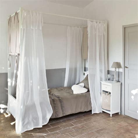 letto baldacchino legno bianco letto bianco a baldacchino in legno 90 x 190 cm manosque