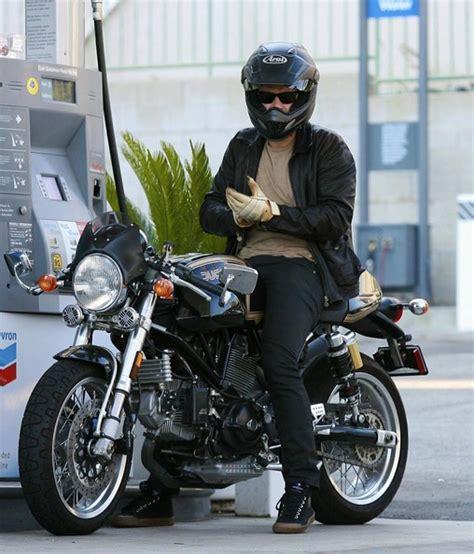 orlando bloom motorcycle orlando bloom in orlando bloom getting gas for his
