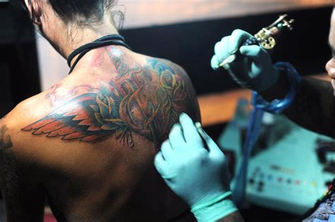tattoo parlours in bali health office pushes for regulation of bali s tattoo