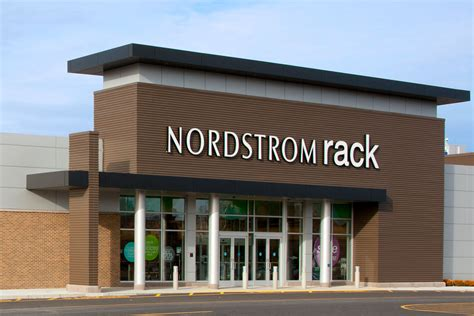 Nordstram Rack by Nordstrom Rack Delays Canadian Store Openings Until 2017