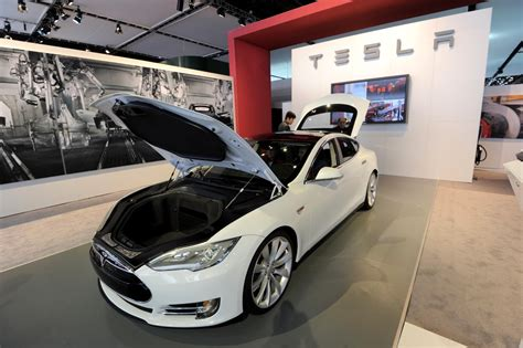 new electric car tesla tesla model s new electric car is practical affordable