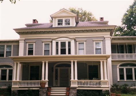 stanford white colonial revival historic house colors