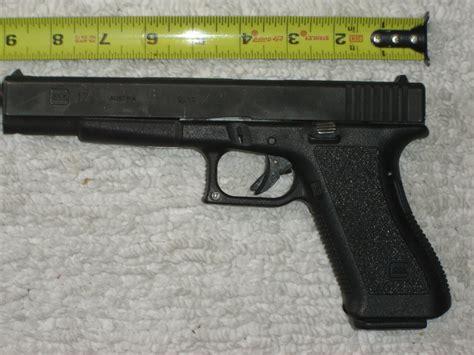 Pistol L by Glock