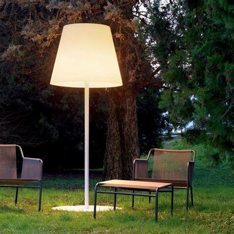 illuminazione da esterno per giardino illuminazione da esterno lade da giardino lade