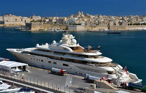 helicopter boat pictures miami helicopter hangars on yachts are latest super rich