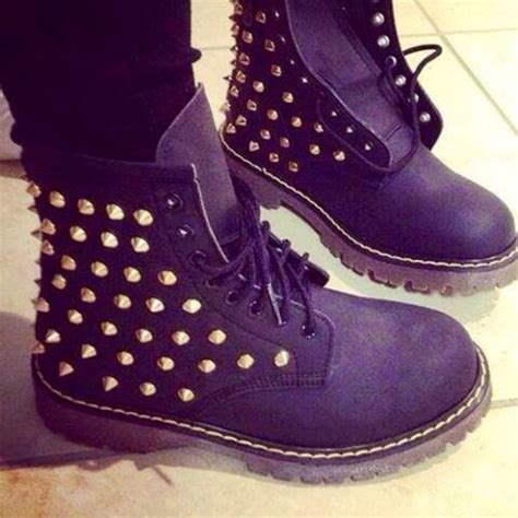 shoes black studded boots timberland gold wheretoget