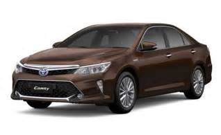 Toyota Camry Review Toyota Camry Price In India Gst Rates Images Mileage