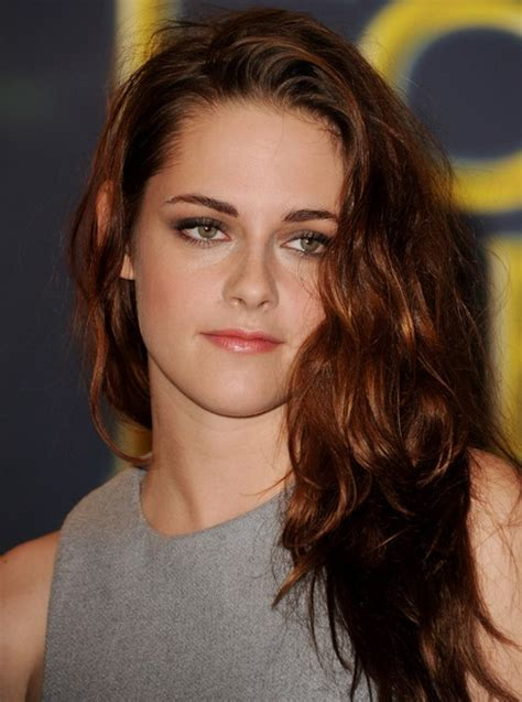 a side part with long hair and a swoop and a cross 26 kristen stewart hairstyles kristen stewart hair