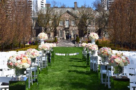 Wedding Ceremony Toronto by Wedding Ceremony Flowers Decorations At The Graydon