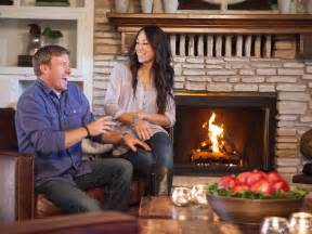 Chip and joanna gaines hgtv s fixer upper with chip and joanna