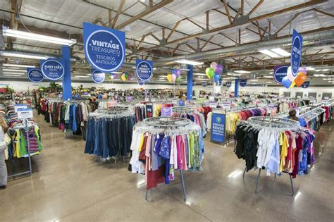 goodwill color of the day mcclintock dr southern ave goodwill of central and