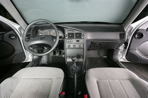 Garage Barn by Peugeot 405 Glx 4 Ran When Parked
