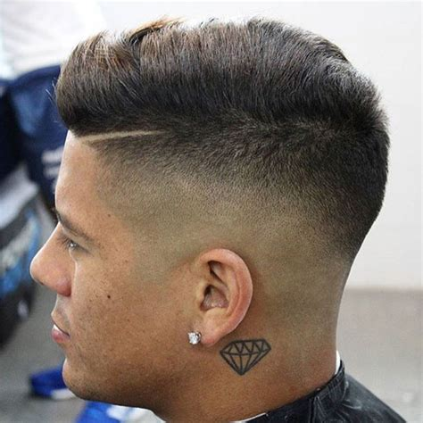skin fade comb hairstyle skin fade haircut bald fade haircut men s haircuts