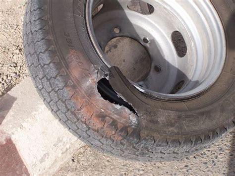 Motorrad Reifen Platzt by 236518 Neuer Reifen Nach Montage Defekt Reifen