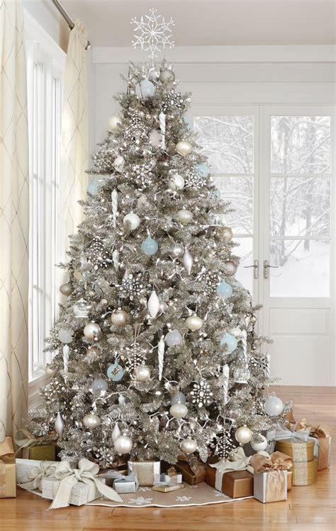 21 silver christmas tree d 233 cor ideas digsdigs