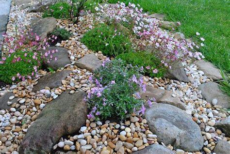 decoracion de jardines pequeños con piedras de rio sorprendentes ideas para decorar con piedras de r 237 o