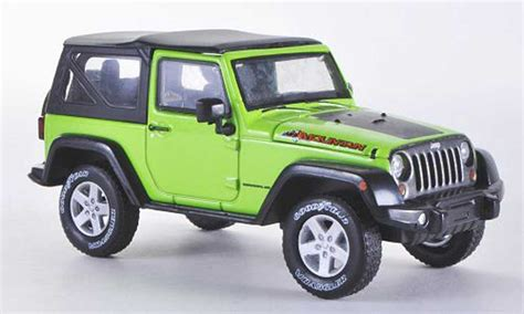 Miniatur Jeep Wrangler Unlimited Skala 64 jeep wrangler mountain special hardtopgreen 2012