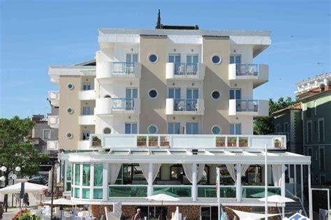 illuminazione per hotel illuminazione facciate hotel idee di design nella vostra