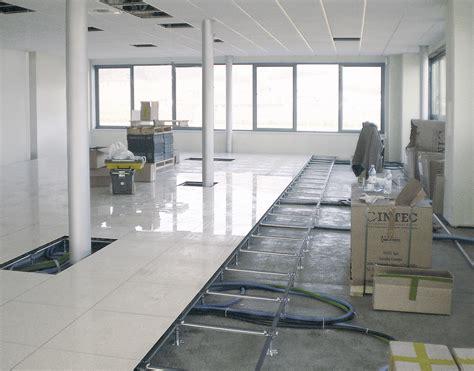 pavimenti sopraelevati per interni prezzi pavimenti sopraelevati centrufficio