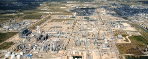 dow chemical dow nearly finished with houston area ethylene plant
