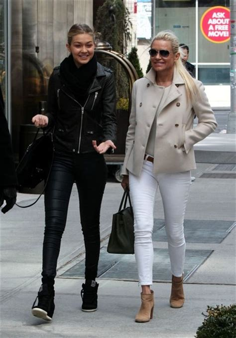 yolanda foster step daughter yolanda foster pictures yolanda foster out with her