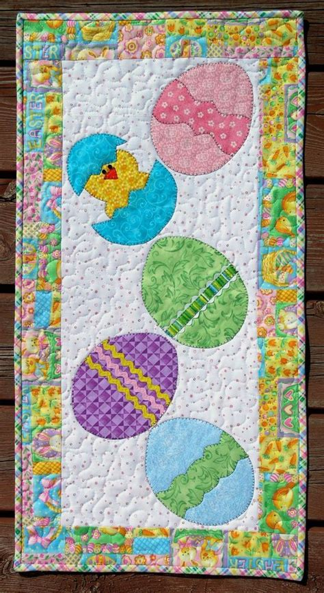 You To See Easter Table Runner By Allthatpatchwor - 32 best easter table runners images on