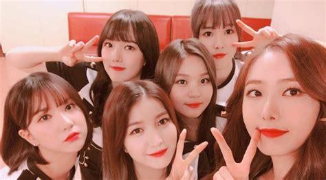 Kaos Exid Korea Kpop netter bandingkan kostum panggung g friend cs sebelum dan
