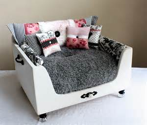 Dog Chaise Bed Designer Craft One Of A Kind Pet Beds