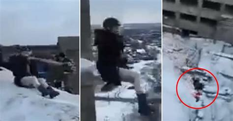 russian rope swing terrifying moment daredevil teenagers jump off high rise