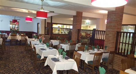 Gallery Dining Room Days Inn Timmins Isle Of Wight
