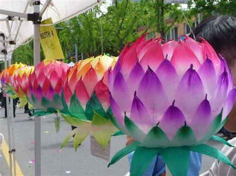 How To Make Paper Lotus Lantern - diy lotus and paper lanterns craft ideas
