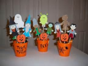 Decorating Old Bottles 37 Ideas For Halloween Table Decorations Table