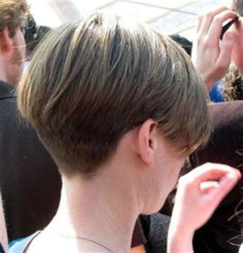 cropped hairstyles with wisps in the nape of the neck for women 1000 images about hair styles on pinterest wedge